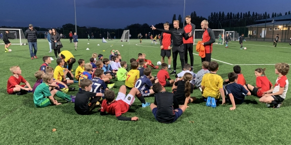 Free Skills Session for Children in Watford - Football Icon Academy