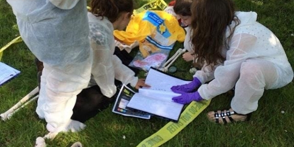 The detective project Leicester presents CSI murder at the vineyard