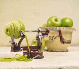 Fruit & Vegetable Peelers & Slicers
