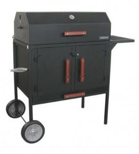 BBQ Grills & Smokers