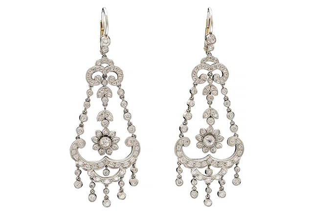 5 classic jewelry styles steeped in history chandelier earrings mozeypictures Image collections