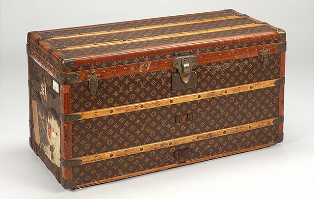 f1c5f29c167 How to Collect   Maintain Louis Vuitton Luggage