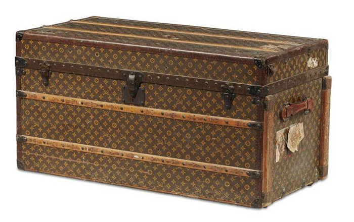 How to Collect & Maintain Louis Vuitton Luggage