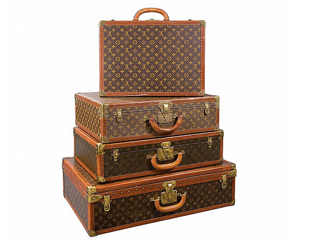 6da813f1dba4 How to Collect   Maintain Louis Vuitton Luggage
