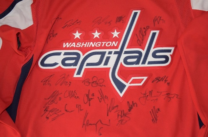 huge selection of abaed 1b8cf Washington Capitals - Own an Autographed Washington Capitals ...