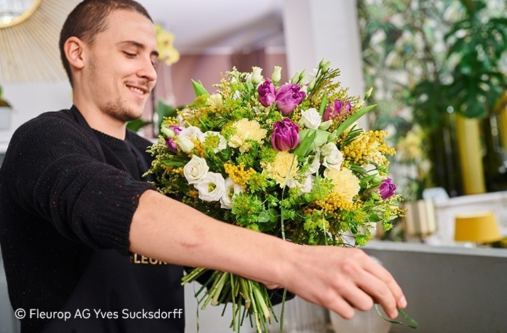 Create Your Own Bouquet With Floristry Masters In Berlin