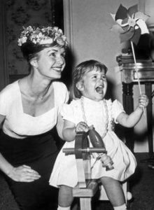 Debbie Reynolds, Carrie Fisher: death and astrology