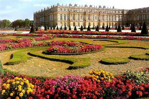 Nel cuore della primavera i pi bei giardini d europa con - Foto di giardini fioriti ...