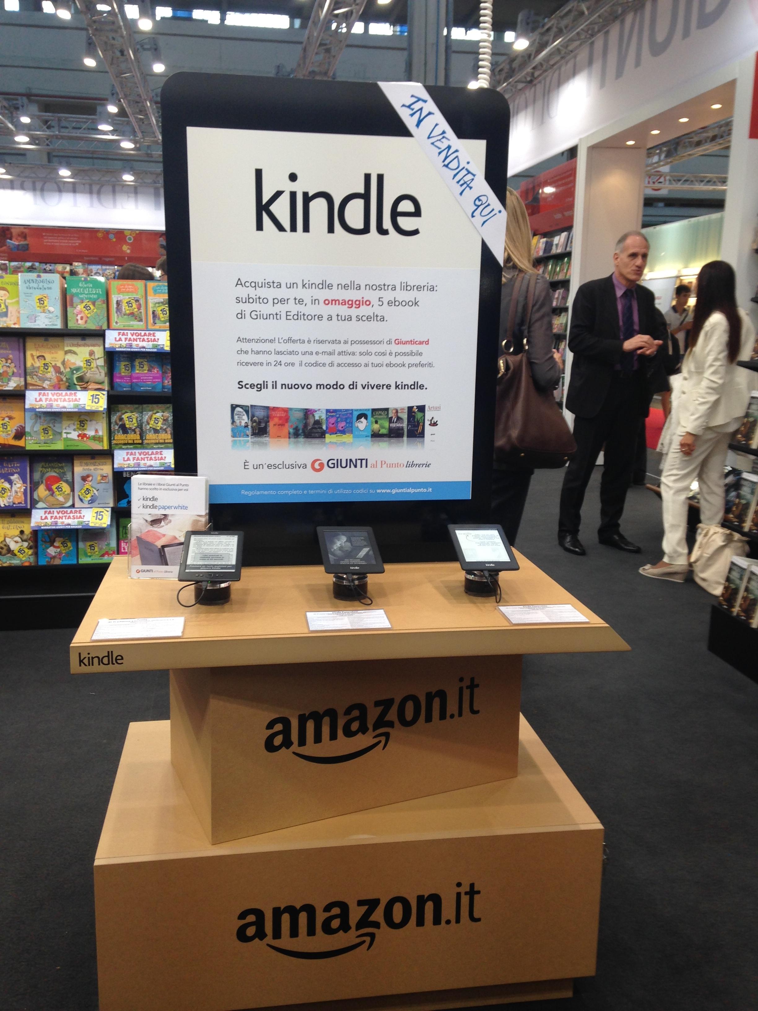 Amazon E Giunti Insieme Per Un Nuovo Modello Di Libreria