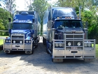 Trucks%20and%20my%20darling%20121