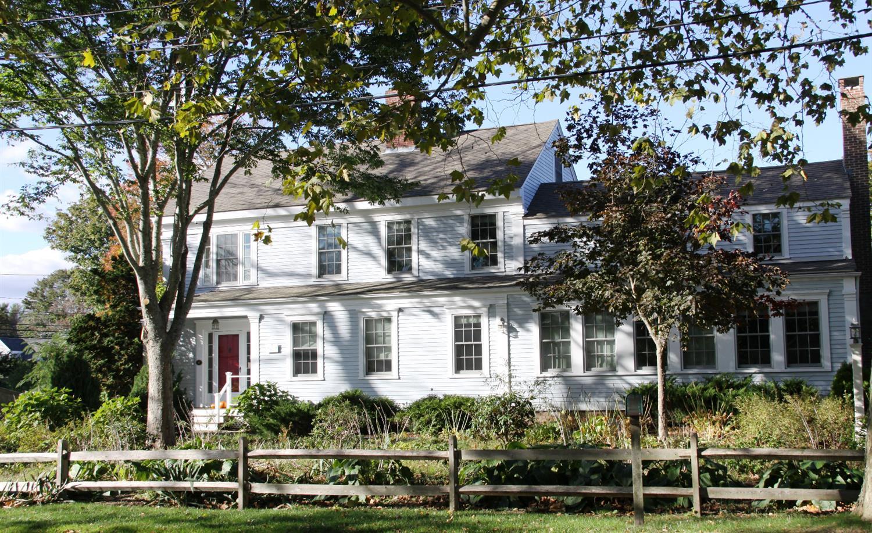 10 Putnam Avenue, Cotuit, MA, 2635 Primary Photo