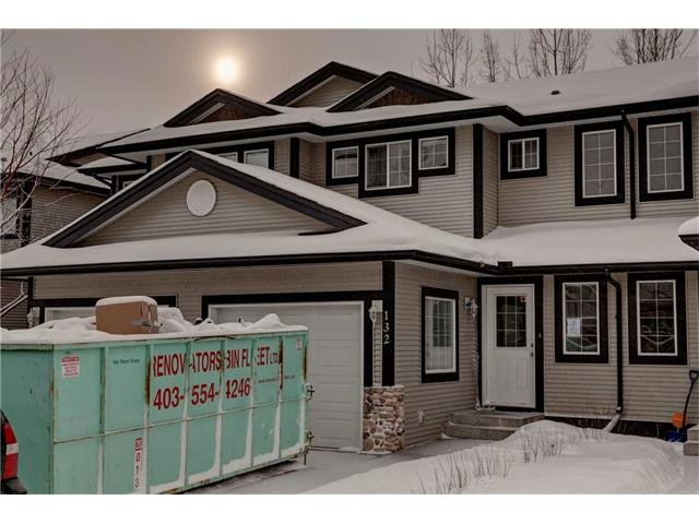 132 STONEMERE PL, Chestermere, AB, T1X 1N1 Photo 1