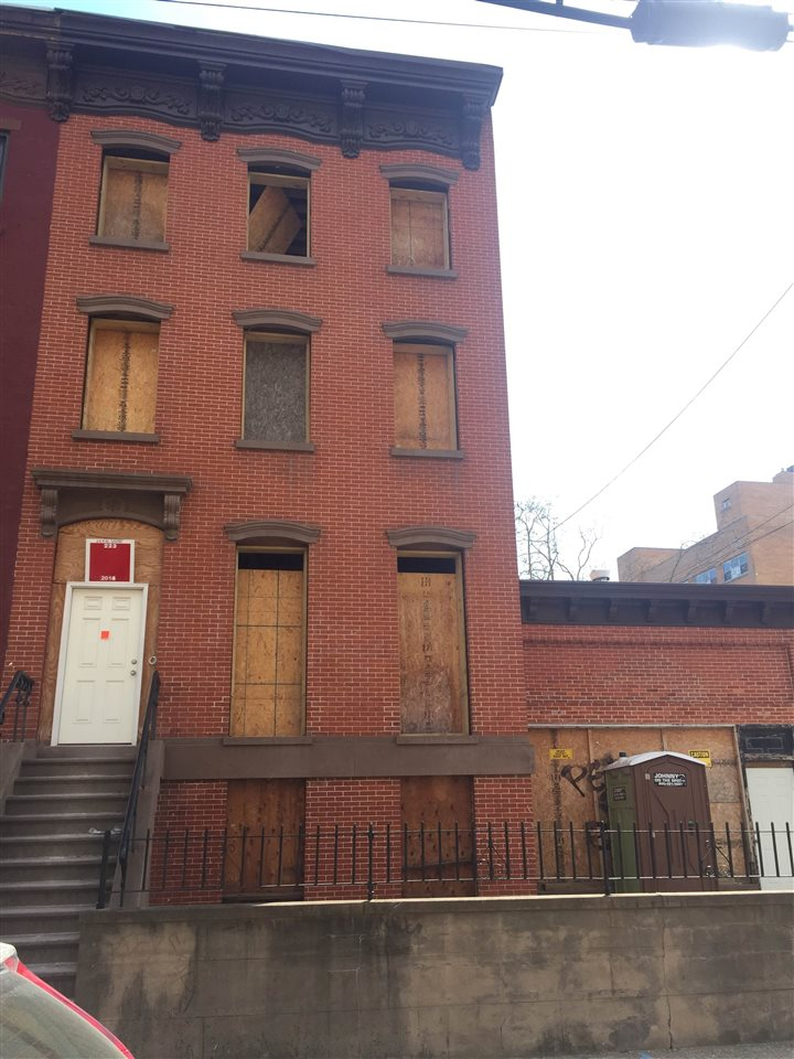 223 PAVONIA AVE, Jersey City, NJ, 07302 Primary Photo