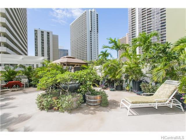 229 Paoakalani Avenue, Honolulu, HI, 96815 Primary Photo