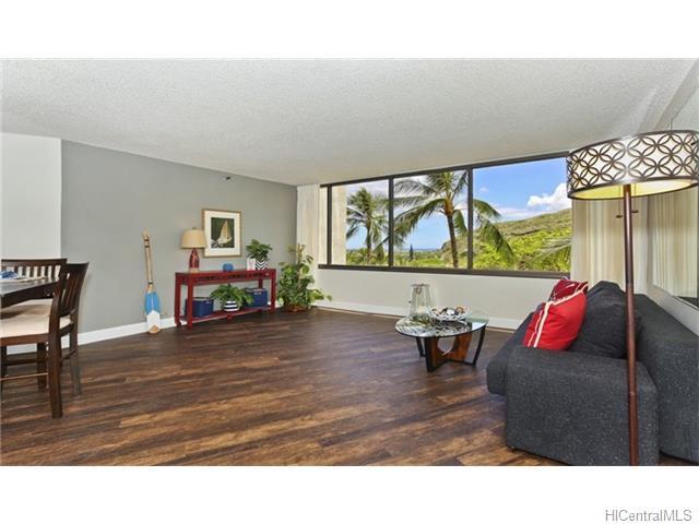 555 Hahaione Street, Honolulu, HI, 96825 Primary Photo