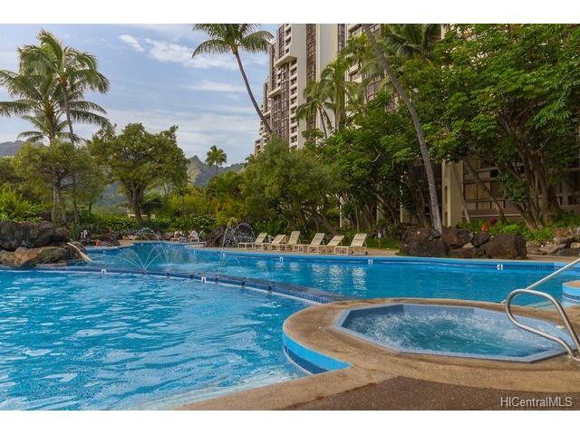 521 Hahaione Street, Honolulu, HI, 96825 Primary Photo