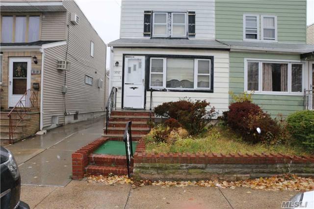 32-18 200th St, Bayside, NY, 11361 Primary Photo
