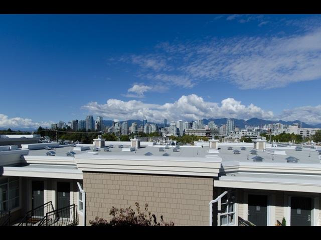 313 678 W 7TH AVENUE, Vancouver, BC, V5Z 1B5 Primary Photo