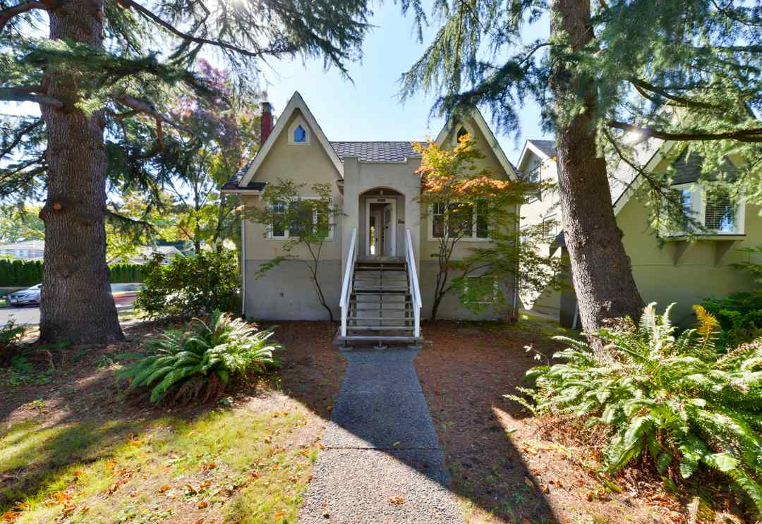 3306 W 14TH AVENUE, Vancouver, BC, V6R 2V8 Primary Photo