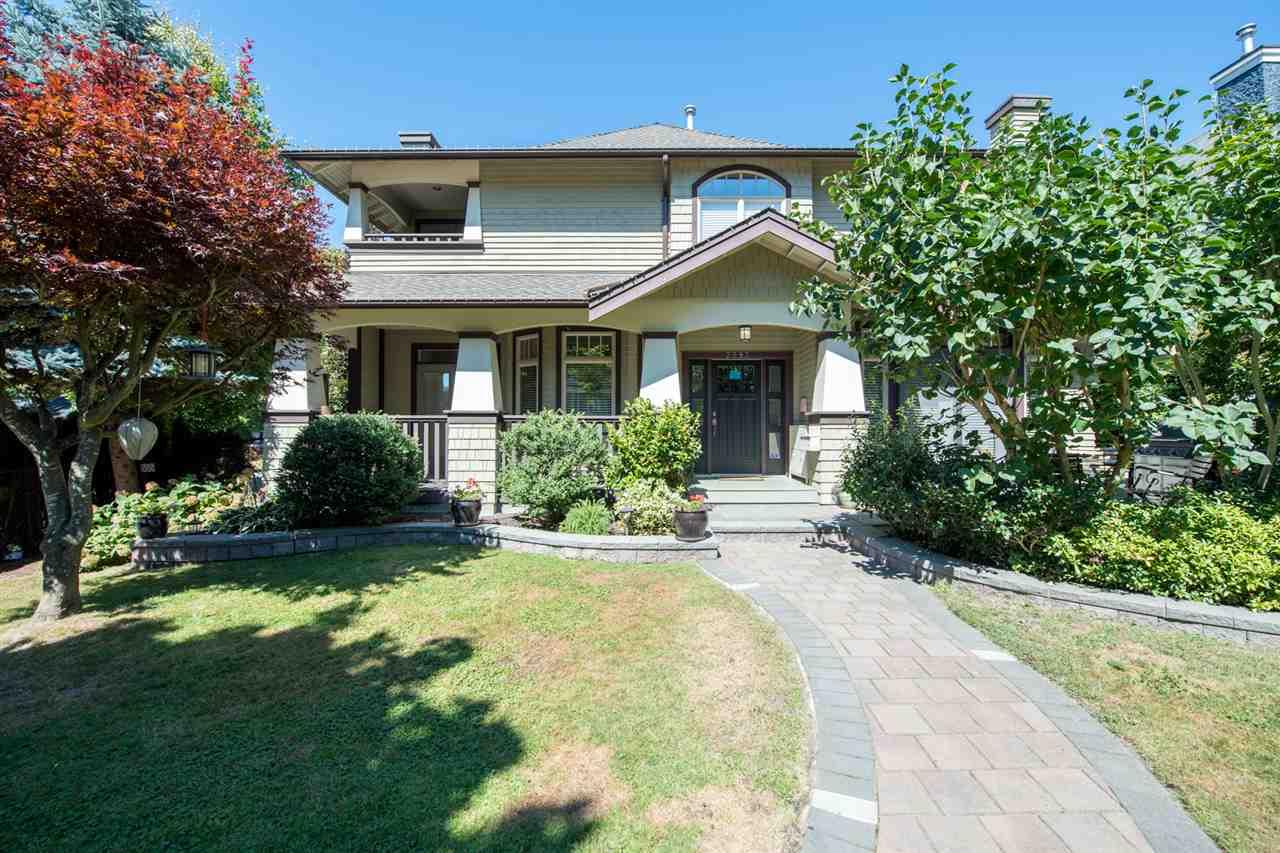 2293 W 13TH AVENUE, Vancouver, BC, V6K 2S9 Primary Photo