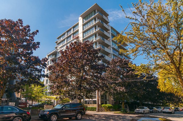 204 1530 W 8TH AVENUE, Vancouver, BC, V6J 4R8 Primary Photo