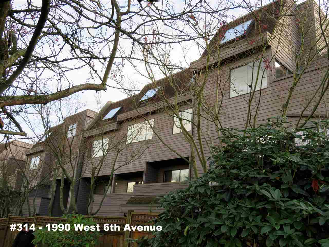 314 1990 W 6TH AVENUE, Vancouver, BC, V6J 4V4 Primary Photo
