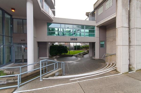104 1633 W 8TH AVENUE, Vancouver, BC, V6J 5H7 Primary Photo