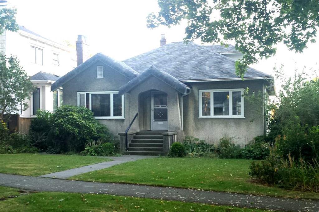 2556 W 13TH AVENUE, Vancouver, BC, V6K 2T1 Primary Photo