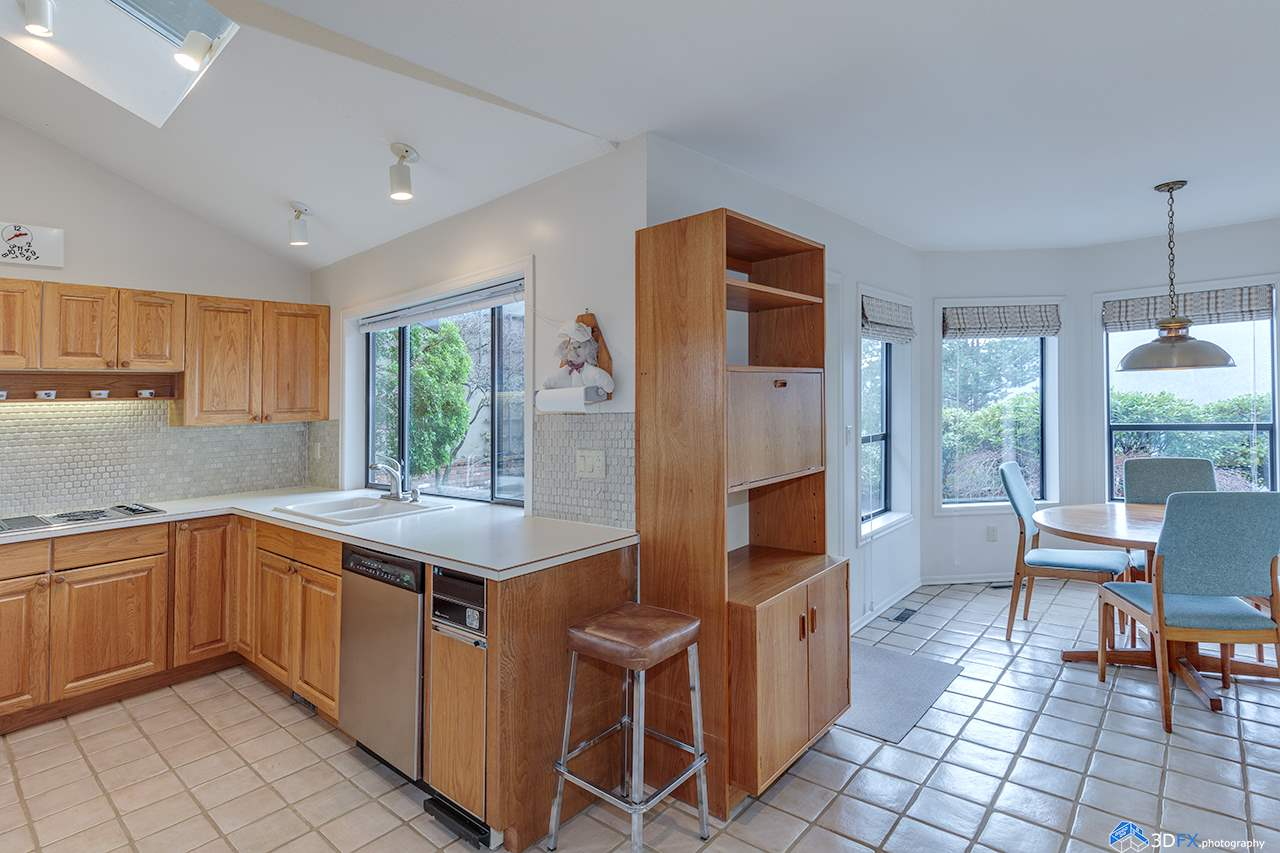 5260 Timberfeild Lane, West Vancouver, BC - CAN (photo 3)