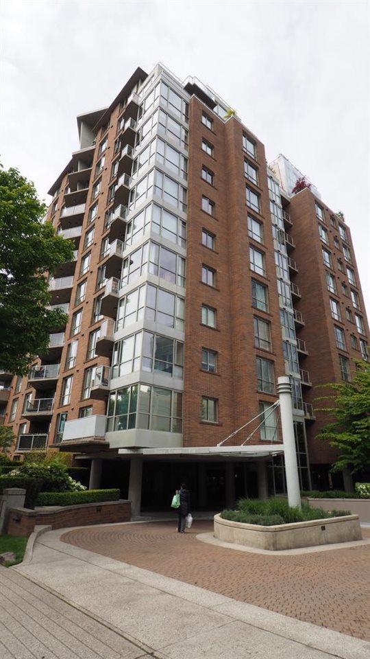 601 1575 W 10TH AVENUE, Vancouver, BC, V6J 5L1 Primary Photo