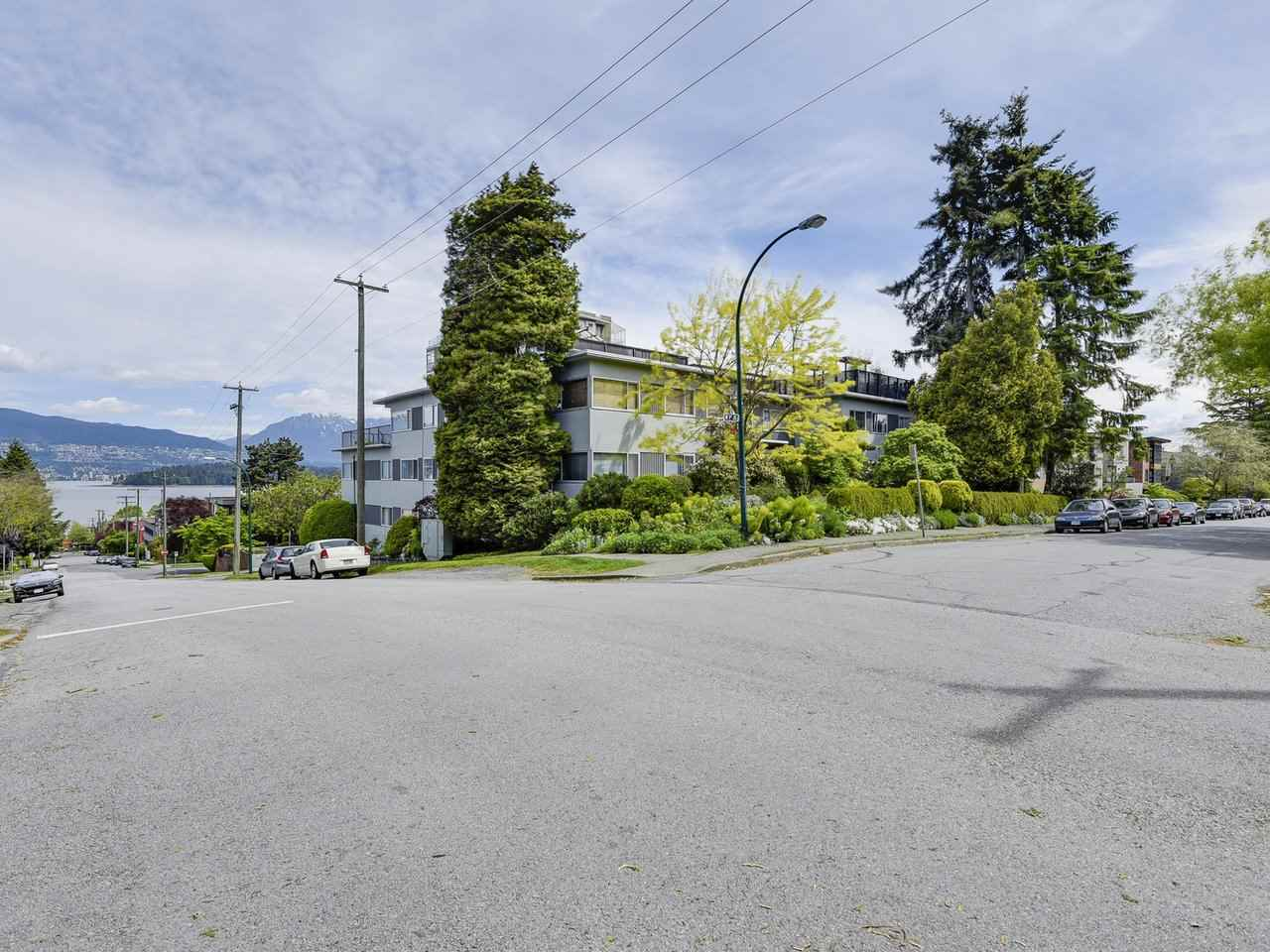 204 2493 W 1ST AVENUE, Vancouver, BC, V6K 1G5 Primary Photo