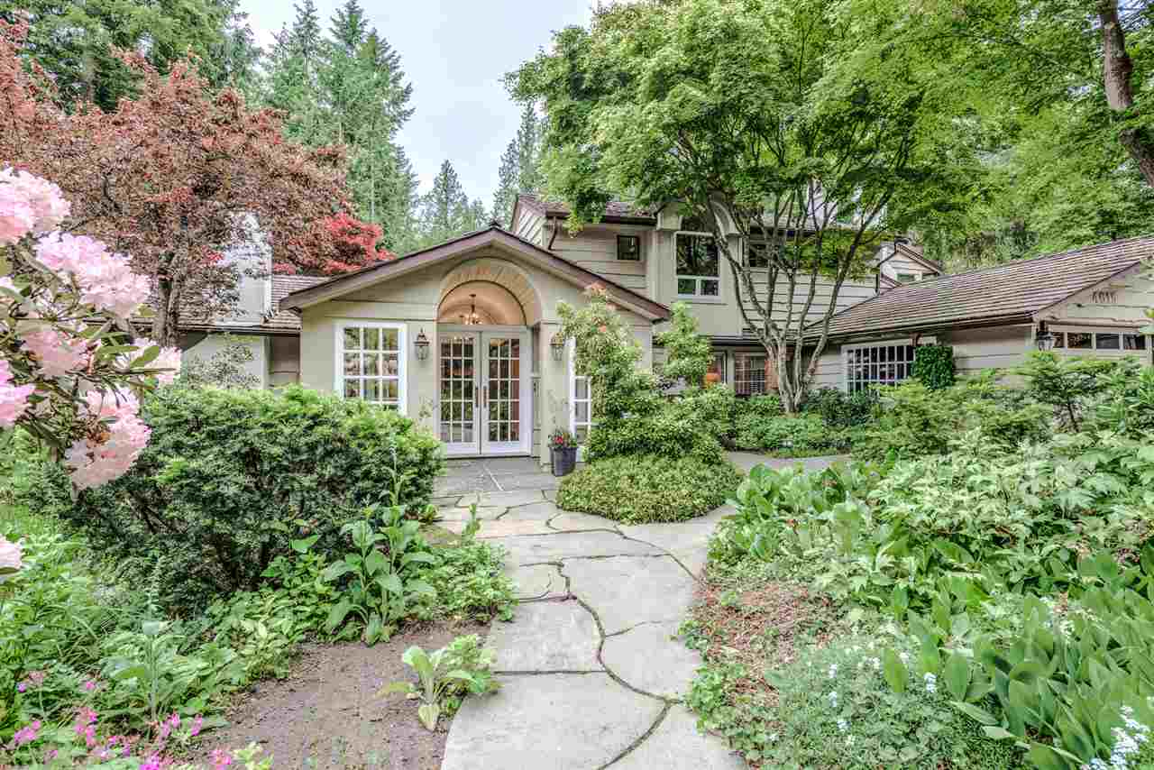 4615 CHERBOURG DRIVE, West Vancouver, BC, V7W 1H8 Photo 1