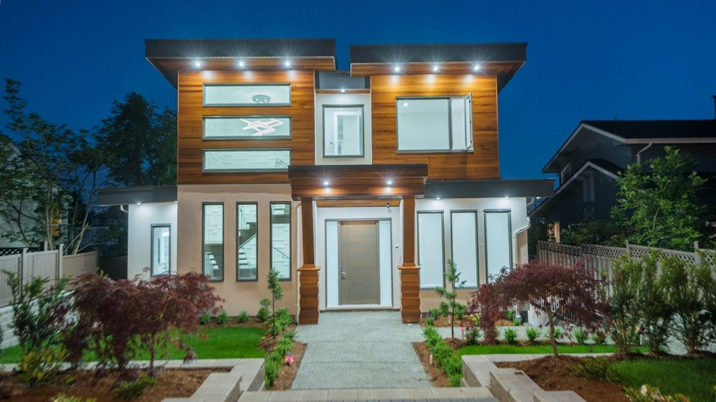 553 E 5TH STREET, North Vancouver, BC, V7L 1M5 Photo 1