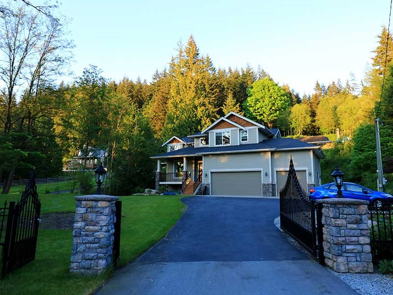 1680 EAST ROAD, Anmore, BC, V3H 5E9 Photo 1