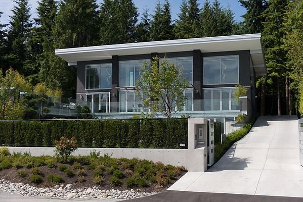 4216 ROCKRIDGE CRESCENT, West Vancouver, BC, V7W 1B1 Photo 1