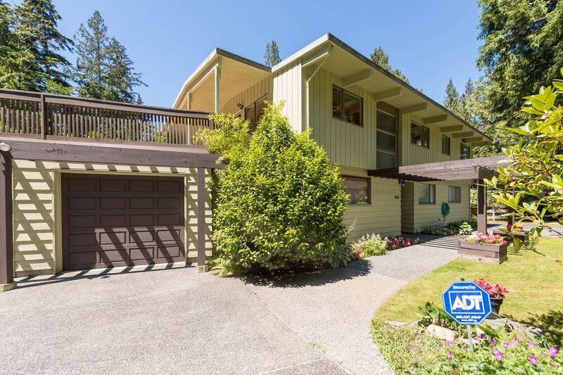 4915 BEACON LANE, West Vancouver, BC, V7W 1K6 Primary Photo