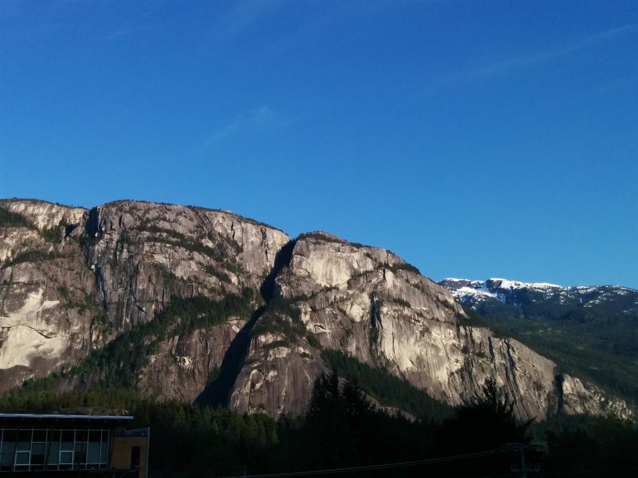 303 38003 SECOND AVENUE, Squamish, BC, V8B 0A6 Primary Photo