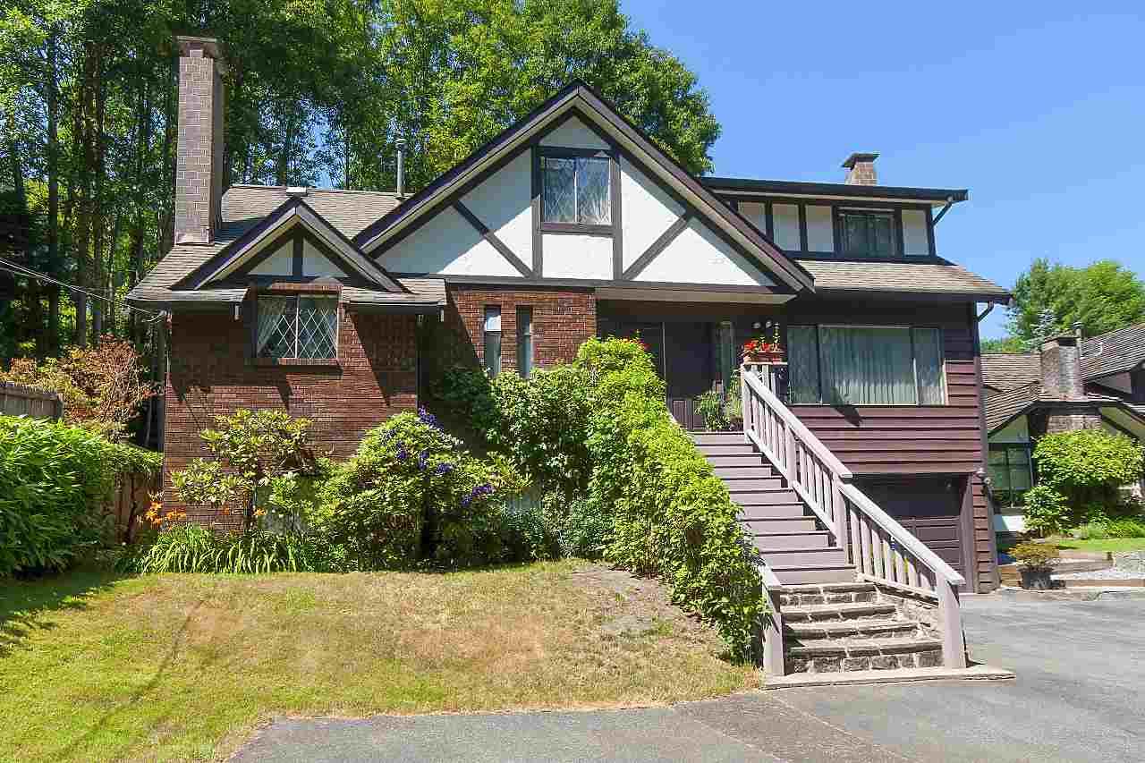 864 WELLINGTON DRIVE, North Vancouver, BC, V7K 1K7 Photo 1
