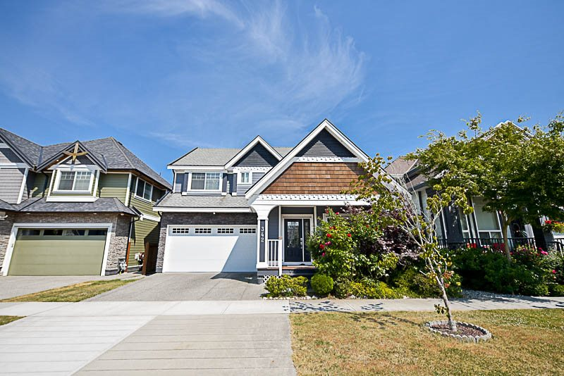342 173A STREET, Surrey, BC, V3Z 2N7 Photo 1