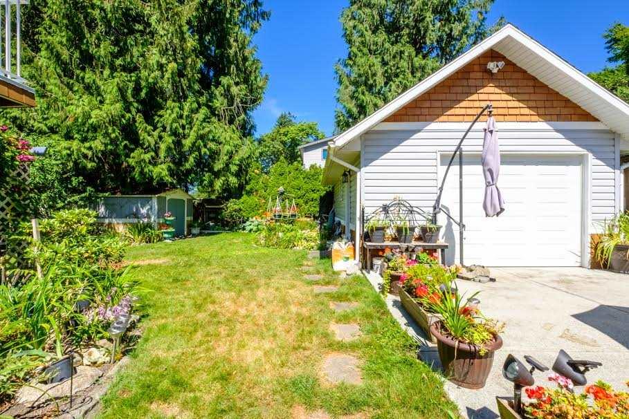 20301 Ditton Street, Maple Ridge, BC - CAN (photo 3)