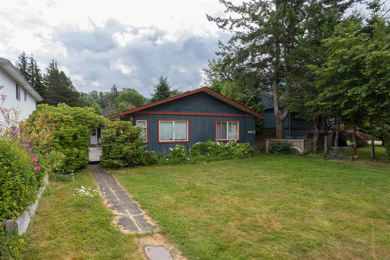 38808 NEWPORT ROAD, Squamish, BC, V8B 0C9 Photo 1