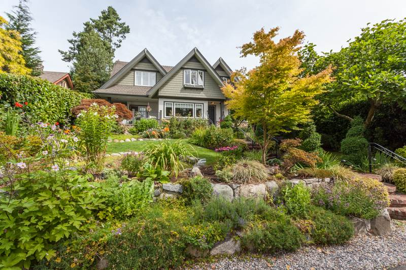 1847 DUCHESS AVENUE, West Vancouver, BC, V7V 1R9 Primary Photo
