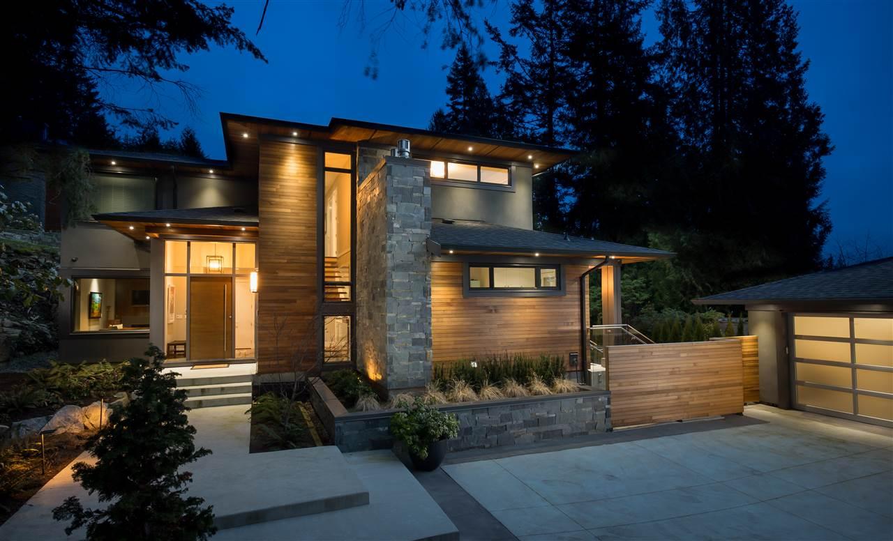 4090 ALMONDEL ROAD, West Vancouver, BC, V7V 3L5 Photo 1