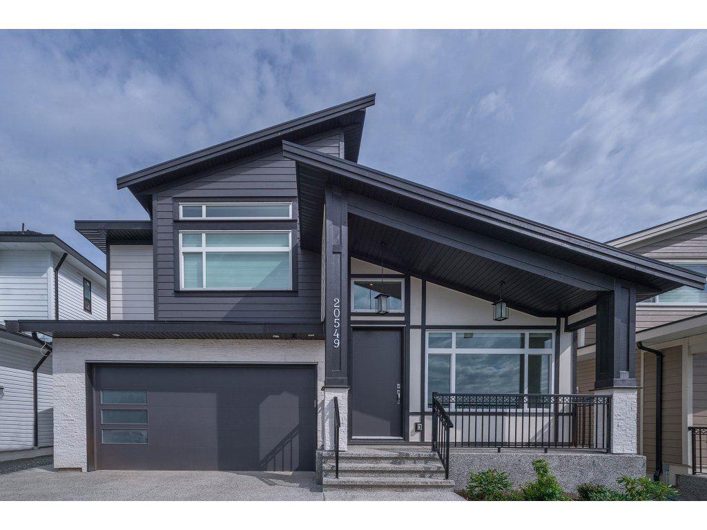 20549 69A AVENUE, Langley, BC, V2Y 0W4 Photo 1
