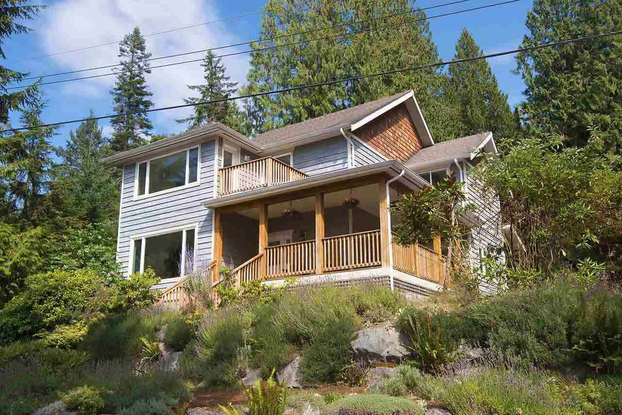 483 BRAEWOOD PLACE, Bowen Island, BC, V0N 1G2 Primary Photo