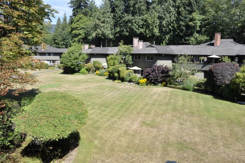 1243 235 KEITH ROAD, West Vancouver, BC, V7T 1L4 Photo 1