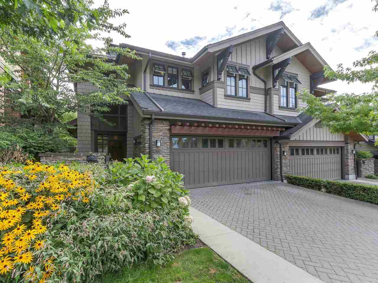 5 555 RAVEN WOODS DRIVE, North Vancouver, BC, V7G 0A4 Photo 1