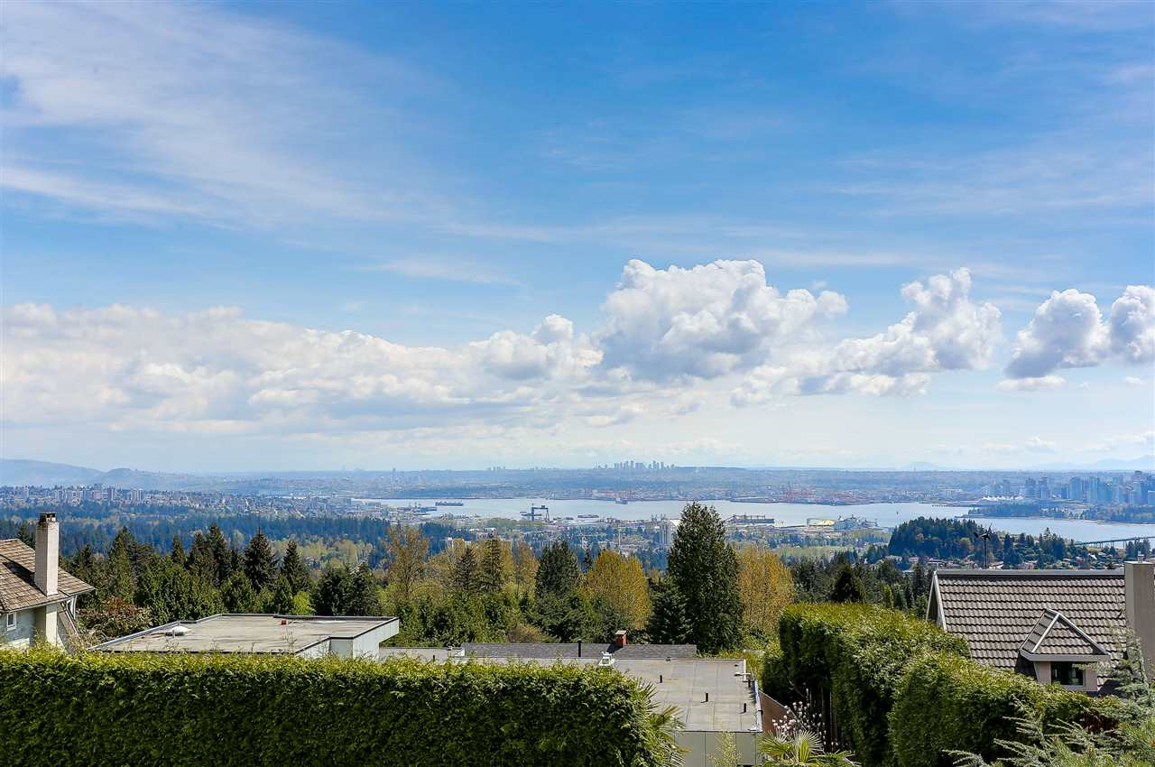 1356 CHARTWELL DRIVE, West Vancouver, BC, V7S 2R5 Photo 1