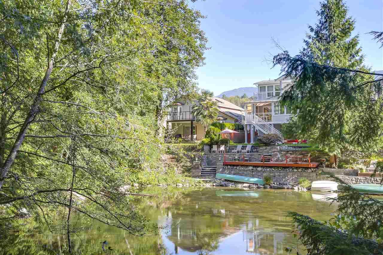 1255 RIVER DRIVE, Coquitlam, BC, V3E 1N7 Photo 1