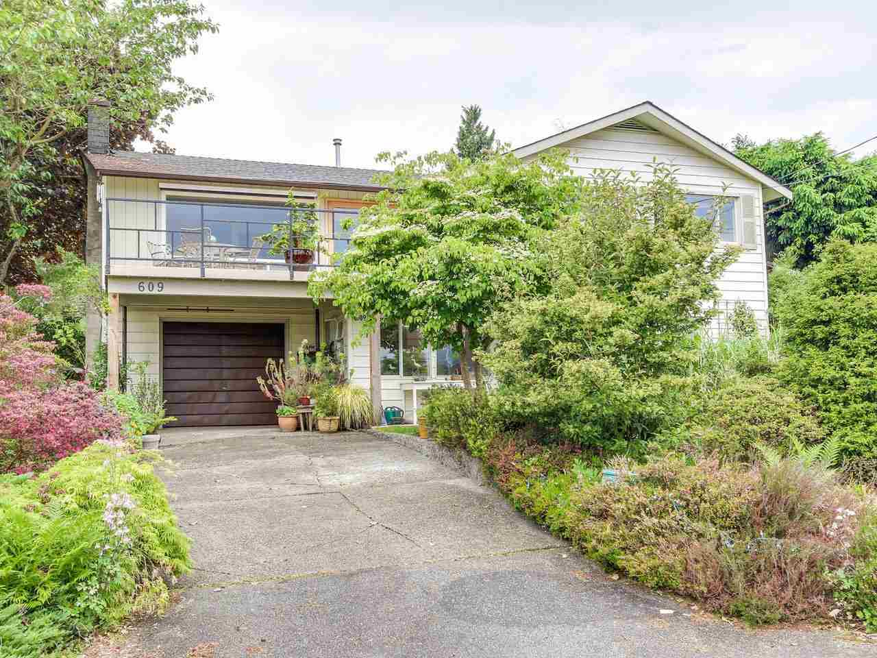 609 BAYCREST DRIVE, North Vancouver, BC, V7G 1N7 Photo 1